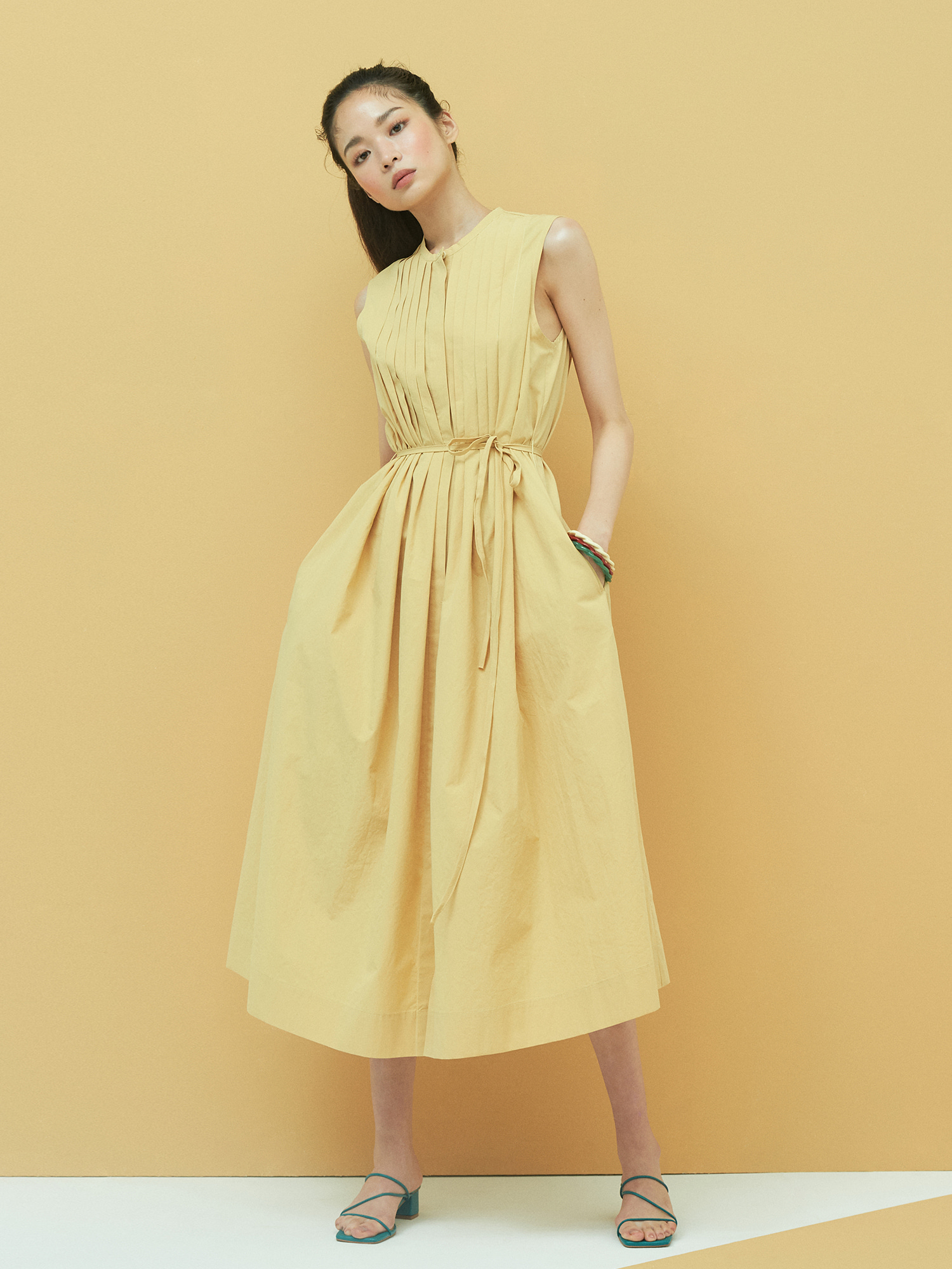 [Clearance 50%Off]Cotton Pintuck Maxi Dress in Beige
