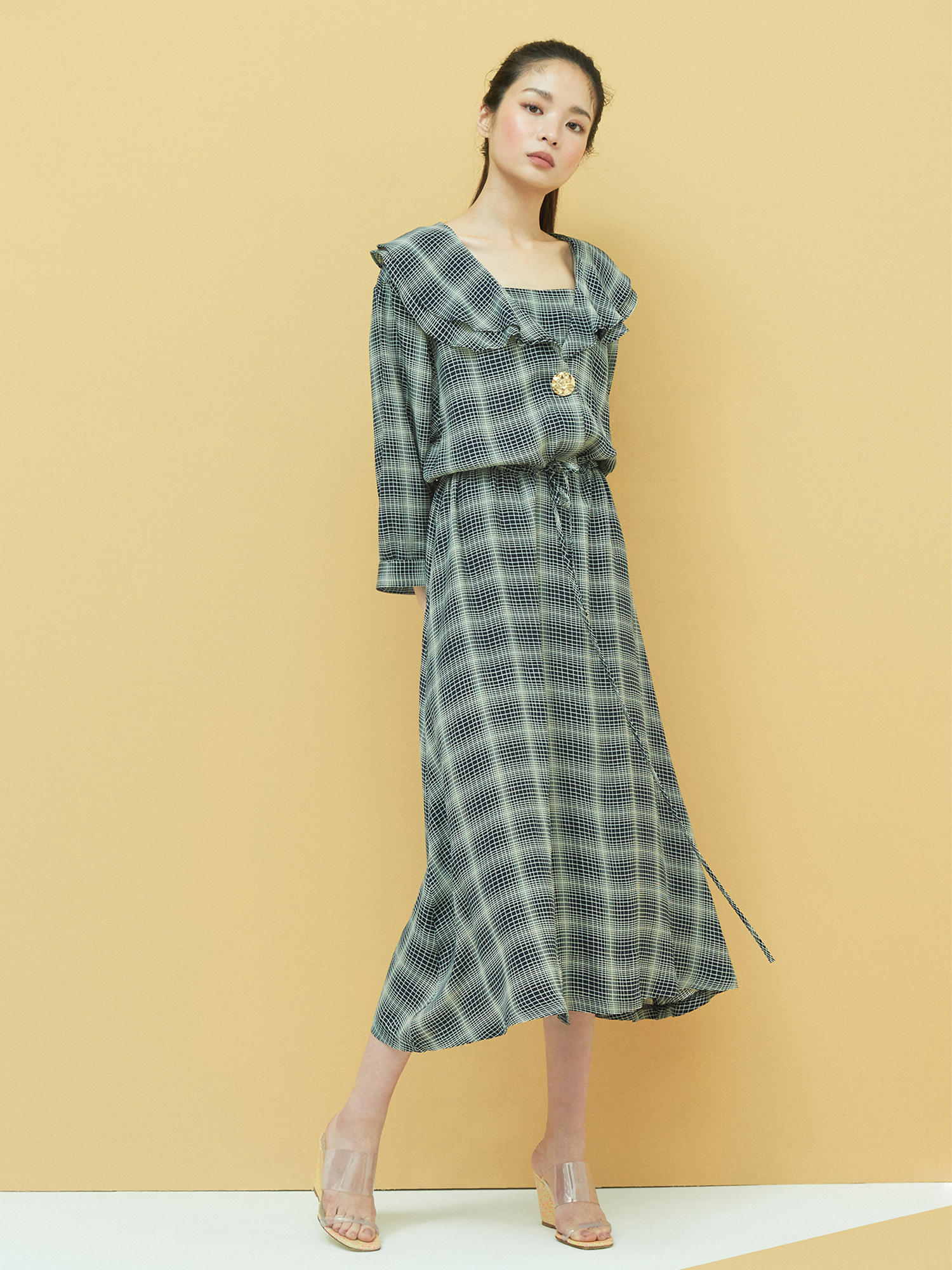 [6/4 예약배송] Retro Frill Dress in Navy
