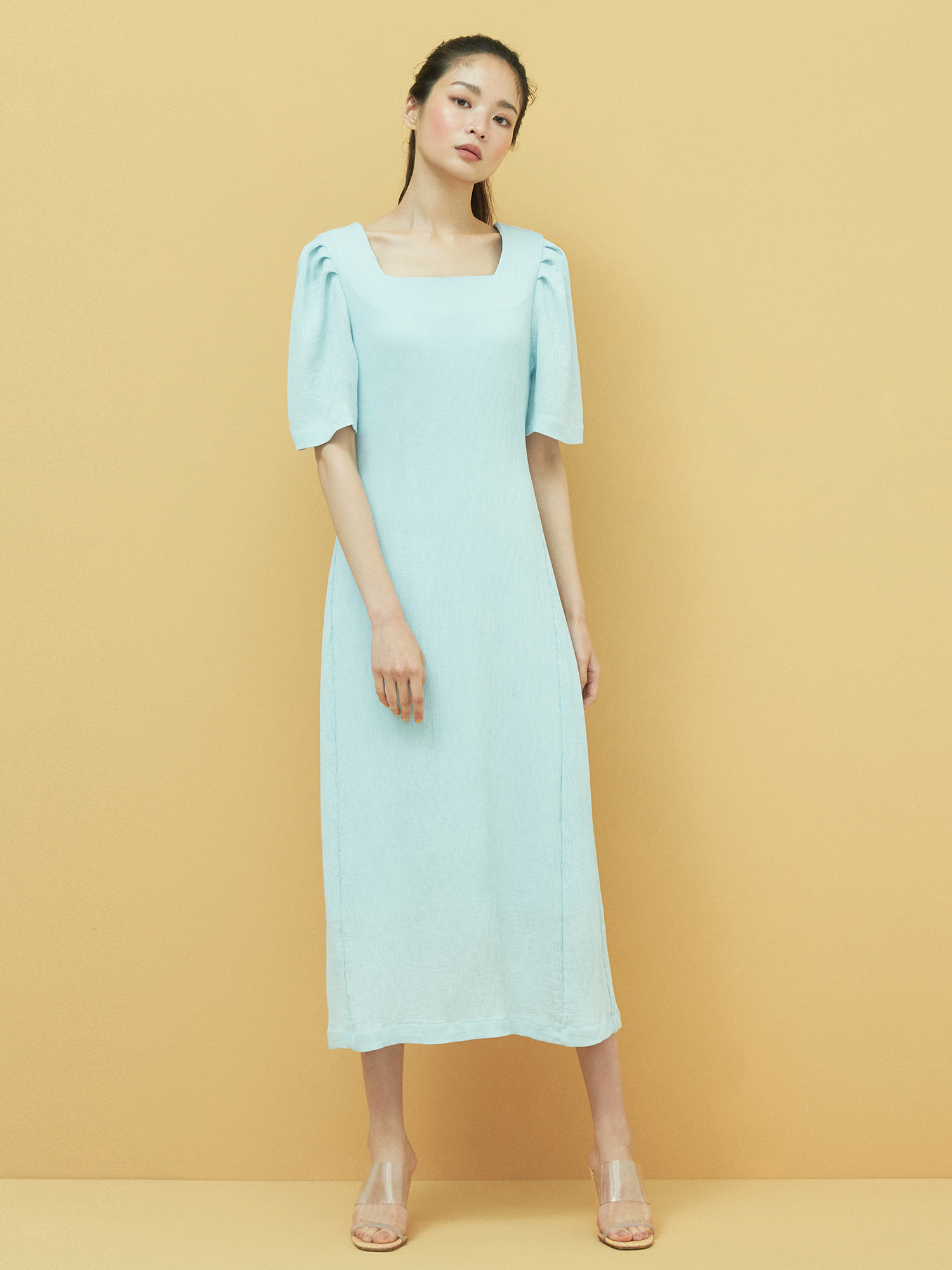 [6/4 예약배송] Square neck Minimal Dress in Sky Blue