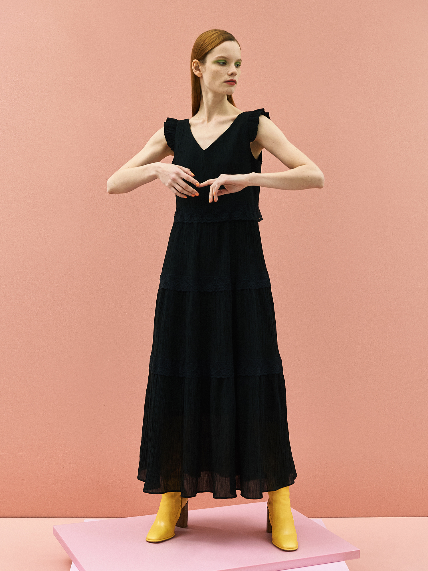 [미드세일 30%할인]Wrinkle Lace Maxi Dress in Black