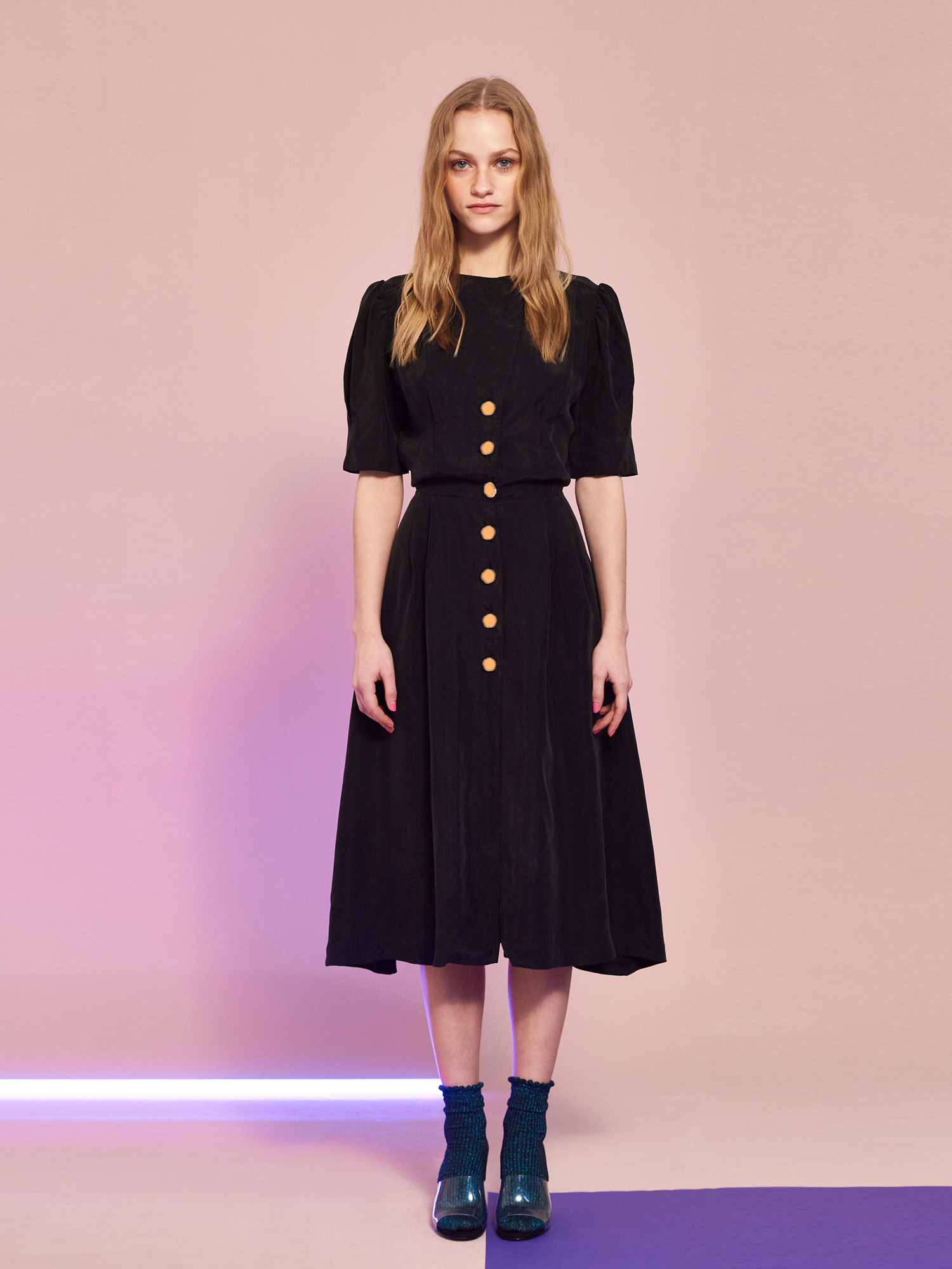 [Picnic Day 15% OFF]Cupra Button Dress in Black