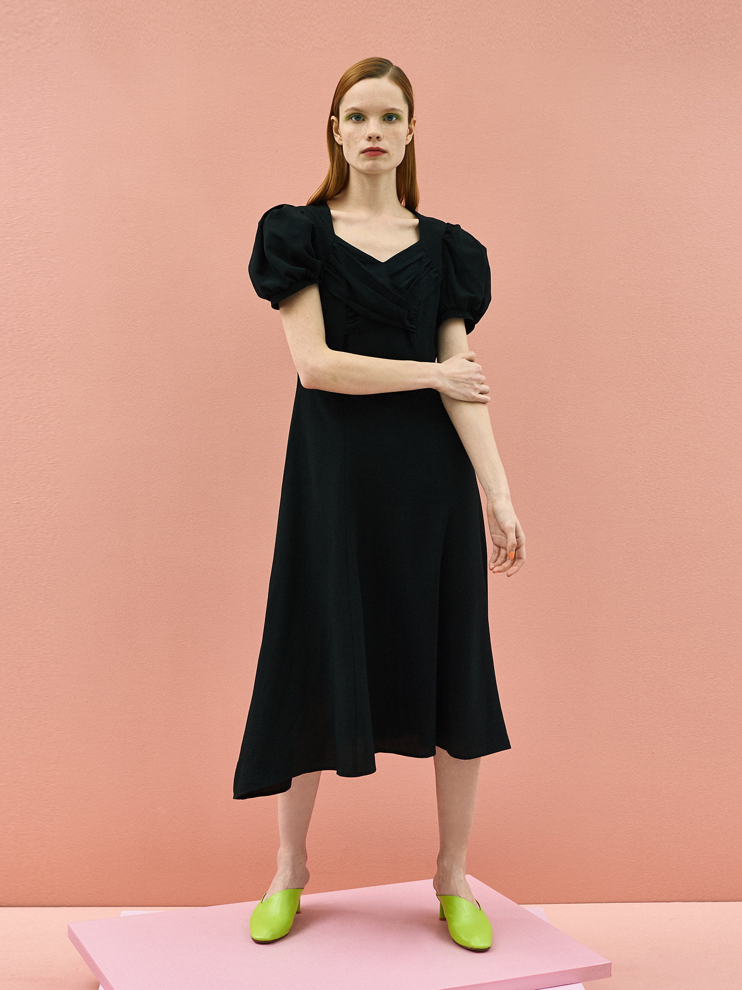 [미드세일 30%할인]Tulip Puff Dress in Black