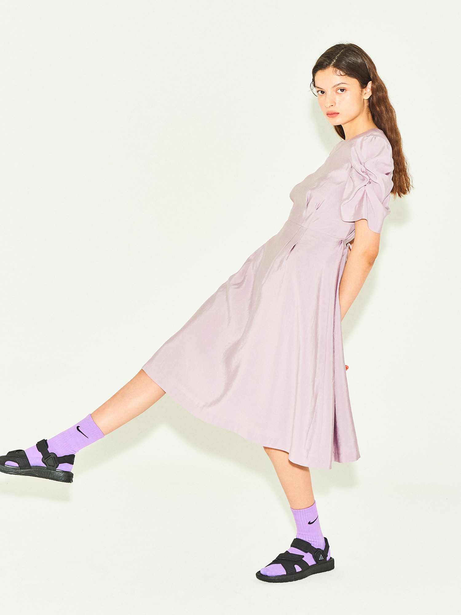 Tidy Shirring Sleeve Dress in Lilac