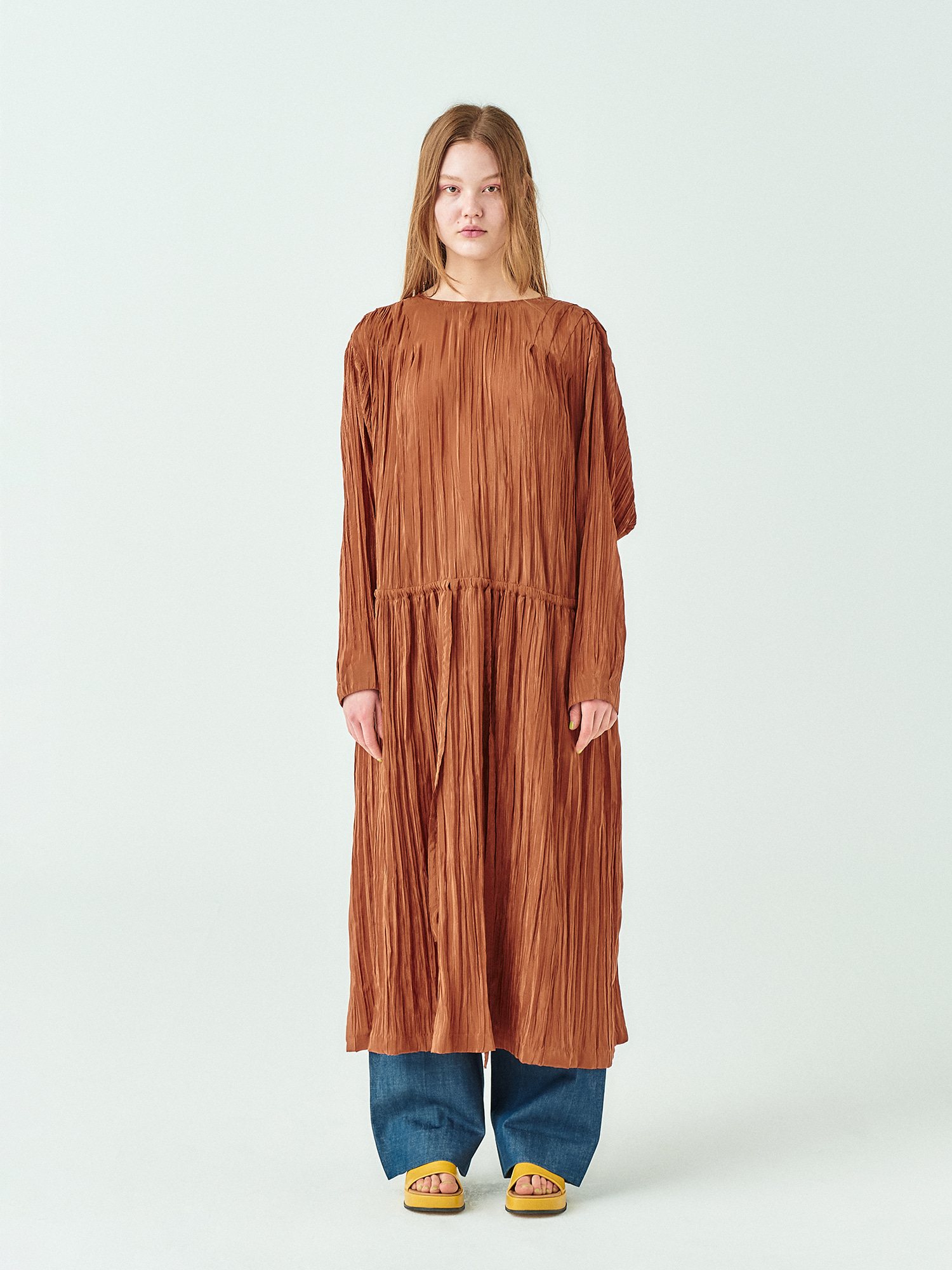 [시즌오프20%SALE] Pleats Overfit Maxi Dress in Brown
