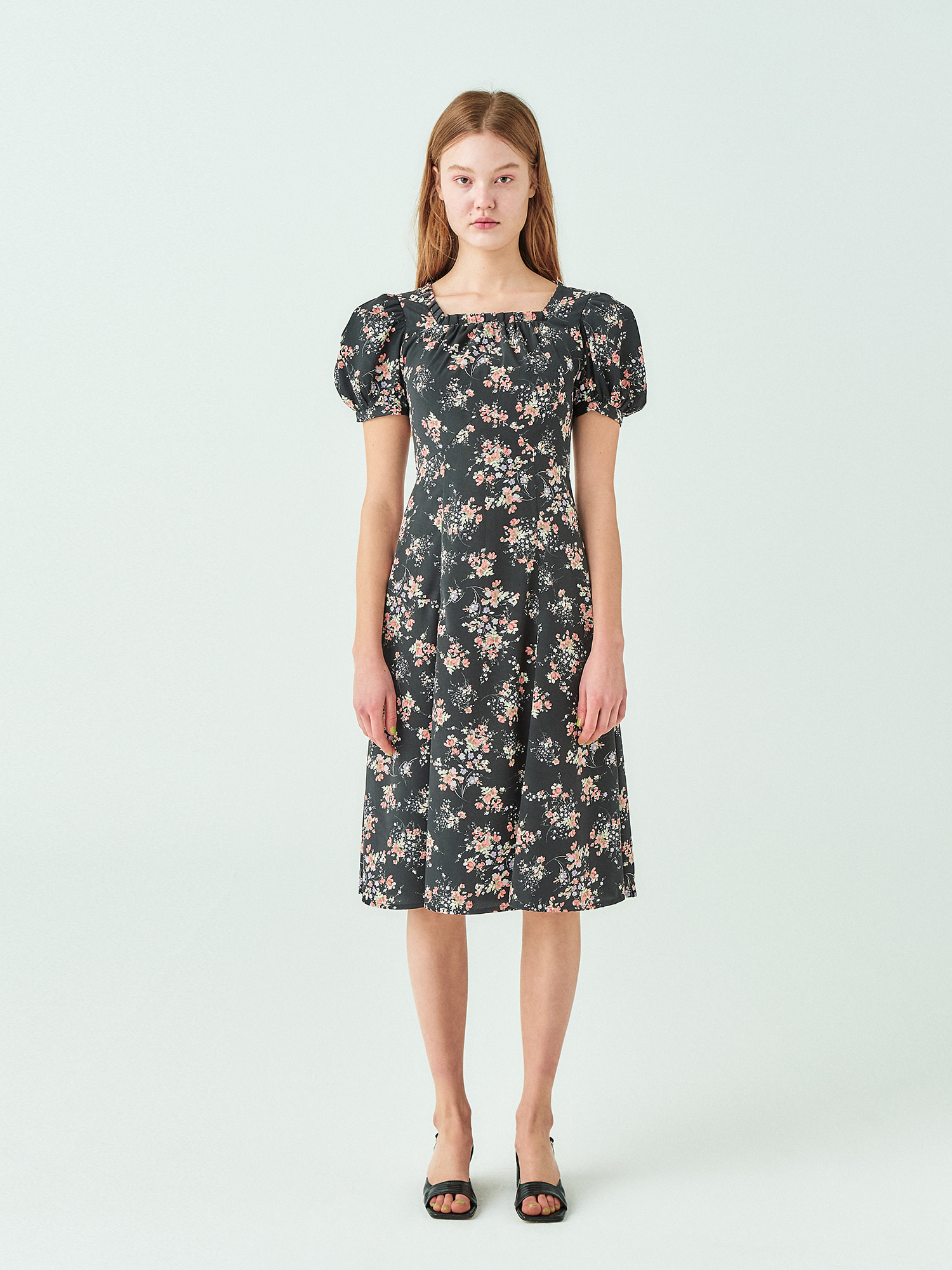 [시즌오프20%SALE] Flower Square Neck Dress