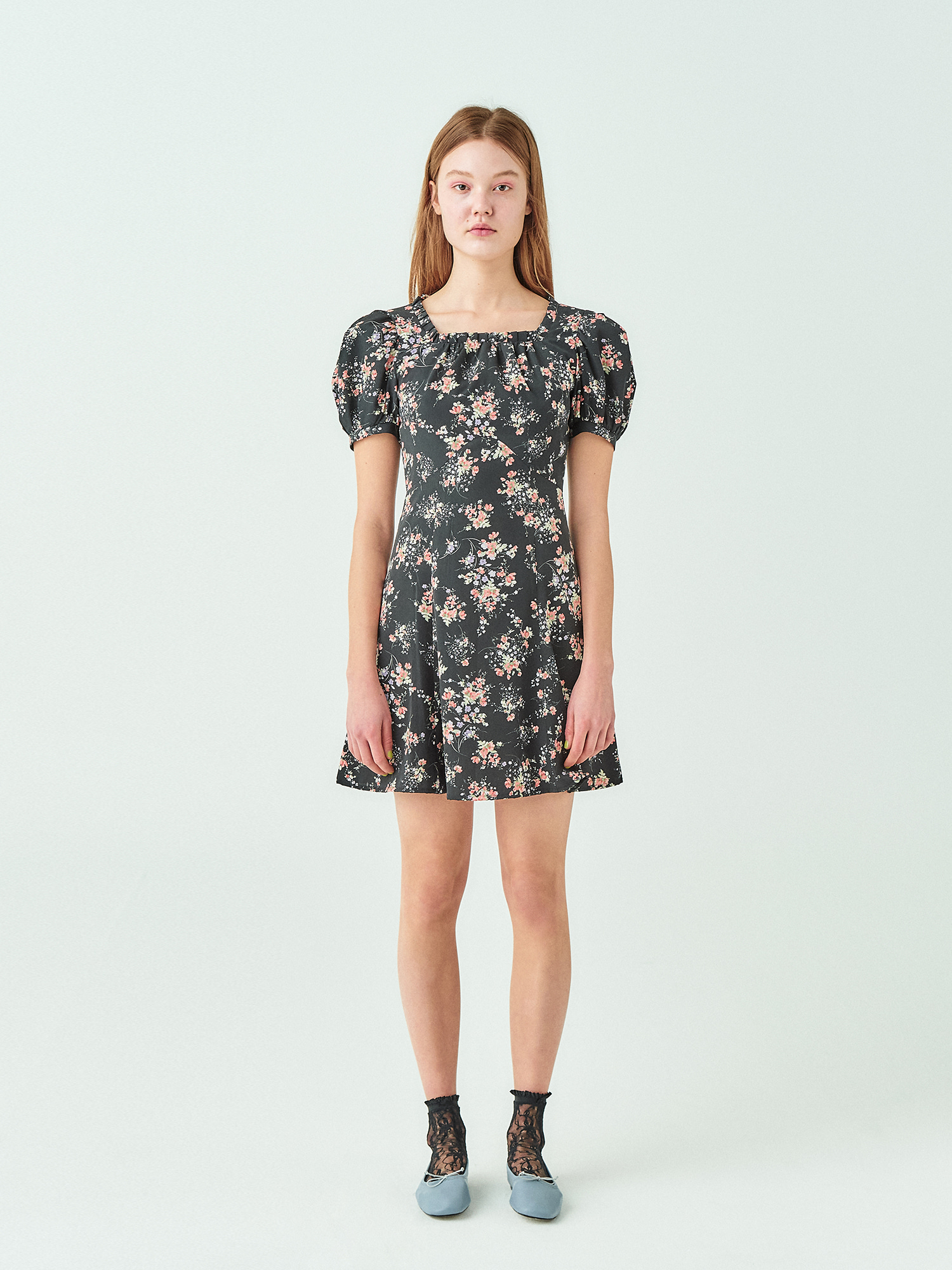[시즌오프20%SALE] Flower Square Neck Mini Dress