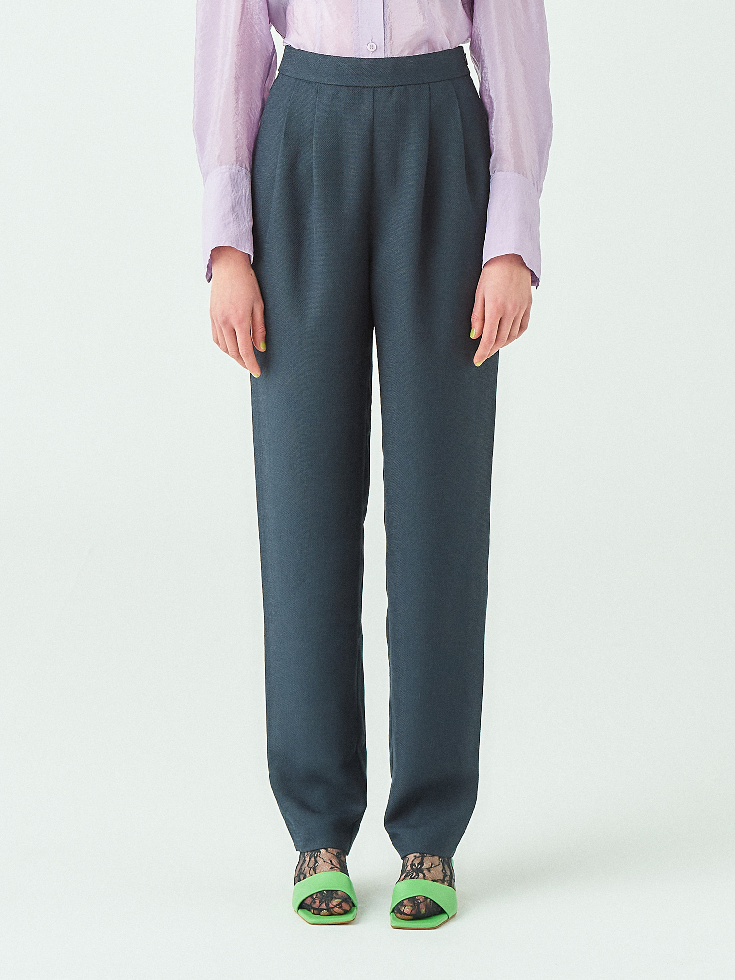 [시즌오프20%SALE] Tuck Pants in Dark Navy
